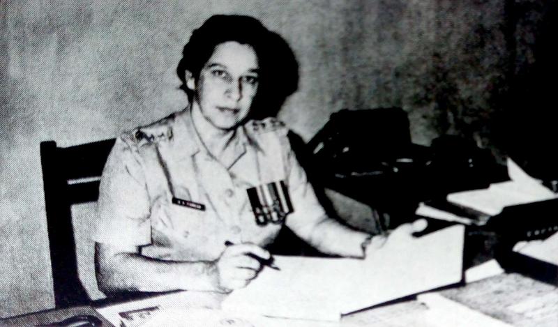 पहिली महिला पोलीस - श्रीमती परवानी, सहाय्यक पोलीस आयुक्त - १९७६